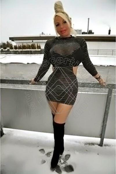 Laura FRIBURGO IN BRISGOVIA 004915225645943