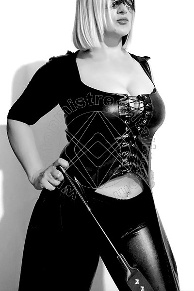 Mistress Claudia Golden VERONA Torno presto